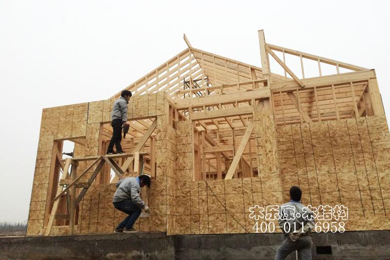整体木结构房屋图片
